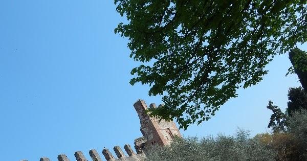 Lazise un incantevole borgo sul Lago di Garda
