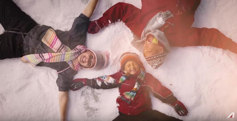 Canzone Alitalia pubblicità vola ai mercatini di Natale - spot Novembre 2016