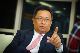 Rahman Dahlan Bantai Mahathir