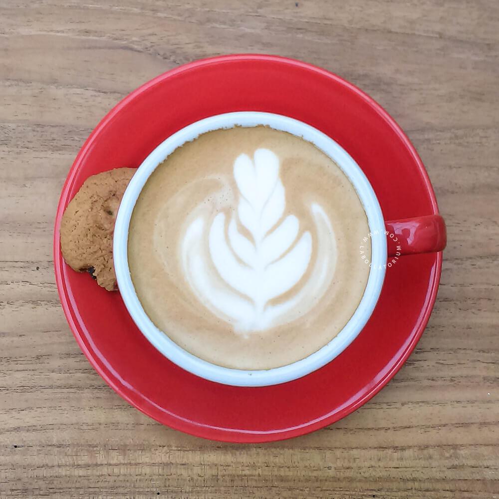 Pipe Dream - Tempat Nongkrong Terbaru, Sedang Hitz di Bandung Caffe Latte