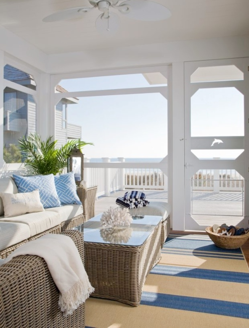 Small Coastal Sunroom Ideas with Wicker Furniture