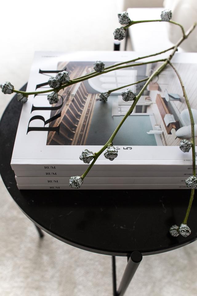 Villa H, rum lehti, eukalyptuksen oksa, sisustusidea