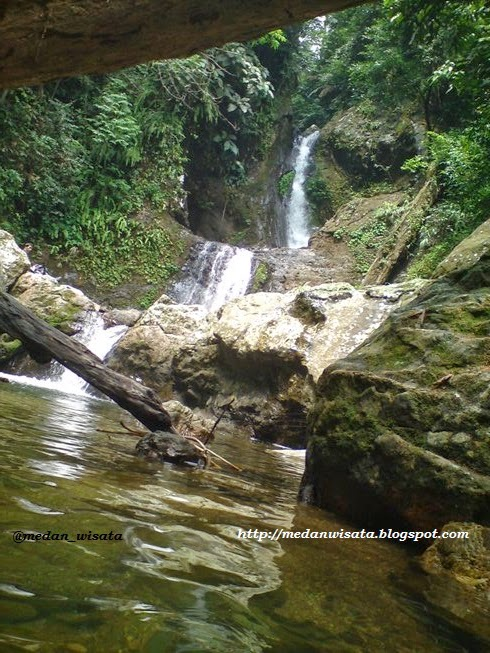 Air terjun Sampuran Ganjang