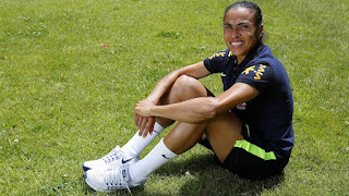 """Marta: """"Cristiano's winner's mentality is the reason why I support Real Madrid"""""""