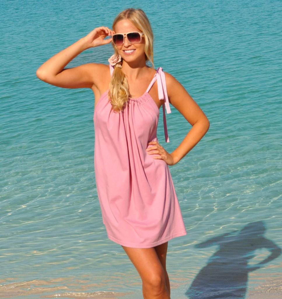 Atractivo Vestirse Para La Fiesta En La Playa Embellecimiento ...
