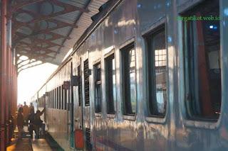 Harga Tiket Kereta Api Brantas Bulan Juli 2016