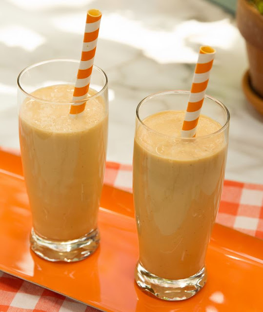 Biggest Loser Frosty Pumpkin Smoothie , weight watchers recipes , 3 smartpoints