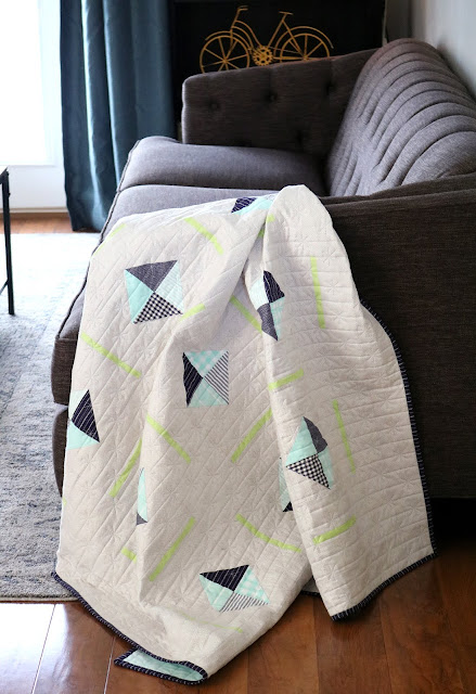 Sidewalk Quilt by Andy of A Bright Corner // pattern from Rainy Day Sewing book