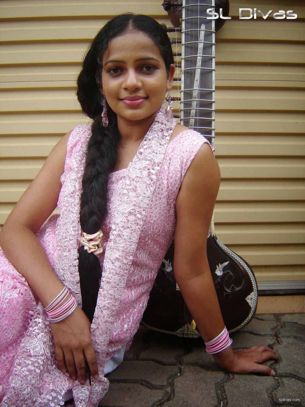 Sri Lankan popular Teledrama Actress Umayangana