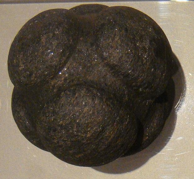 Bensozia carved stone balls of neolithic scotland