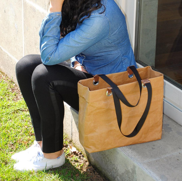 Empresando Maralgui de Mariana Navarro: bolsas de papel lavable