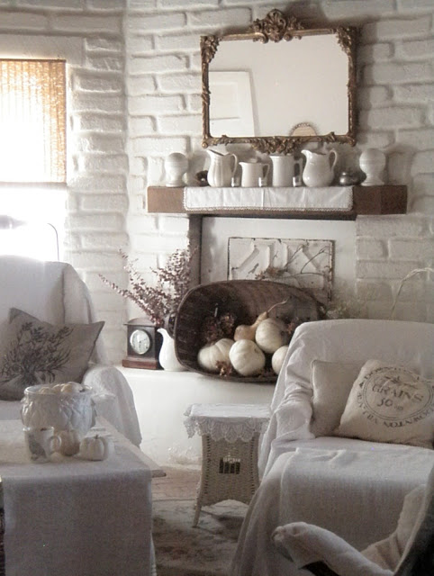Quiet Fall Mantel