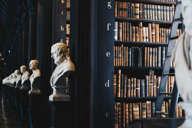 51 Pengertian Hukum Menurut Para Ahli terkenal terbaru ...