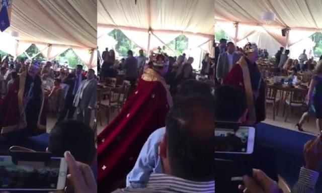 Precandidato de Morena en Jalisco celebra su fiesta vestido de rey.