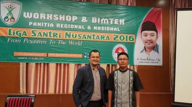 Ketua Pelaksana Liga Santri Nusantara Regional 5 Sumsel dan Lampung, Hendri Zainuddin, bersama dengan Abdul Kadir Ali (sumber foto : hendri-zainuddin.com)