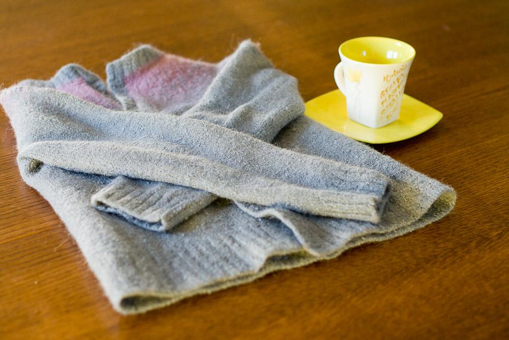 jak nie sfilcować swetra