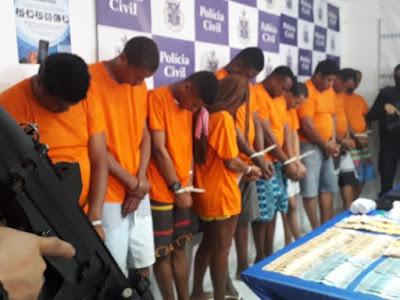 Treze são presos e adolescente é apreendido em ação contra tráfico, homicídios e assaltos a banco