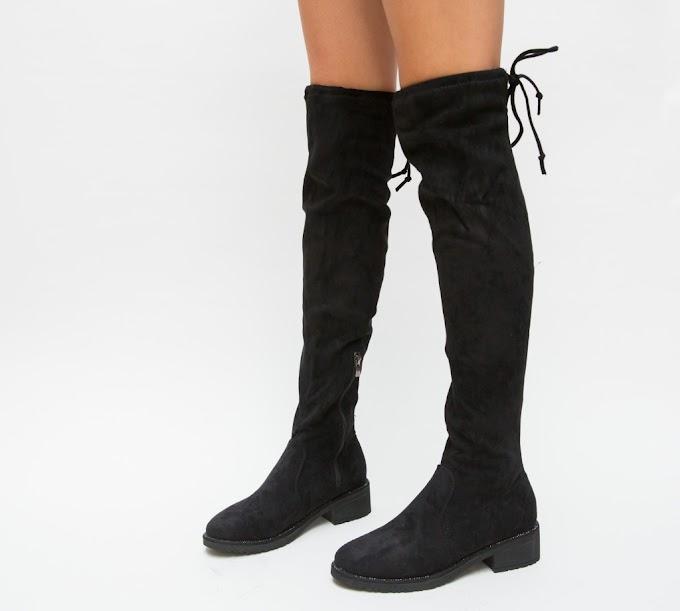 Cizme negre fara toc inalte pana la genunchi de iarna cu snur