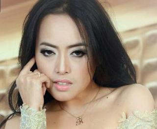 Dina Sabun Colek Inyong Maning Mp3