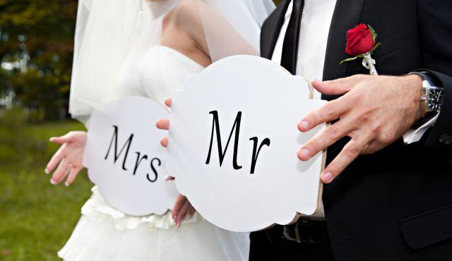 kewajiban pajak wanita nikah-kawin