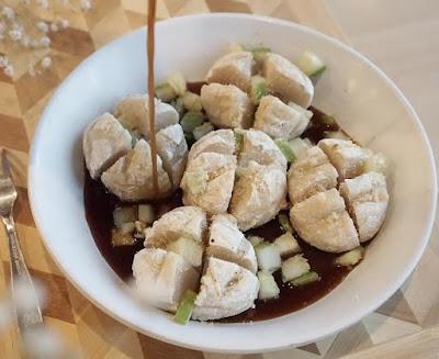 Tempat Kuliner Pempek Panggang Palembang Yang Populer