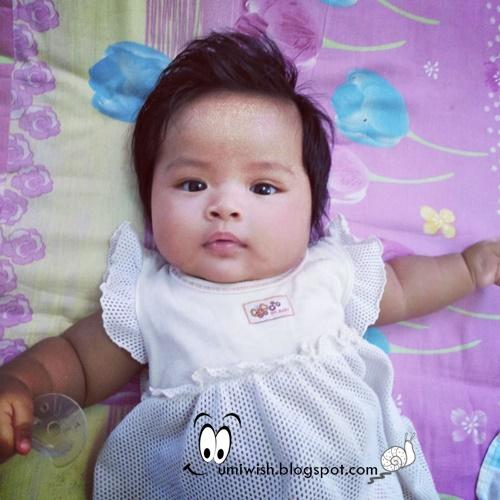 perkembangan anak usia bayi 5 bulan, perilaku bayi 5 bulan, stimulasi bayi 5 bulan, proses perkembangan bayi 5 bulan, baby 5 bulan dah pandai buat apa, tahap pertumbuhan anak 5 bulan