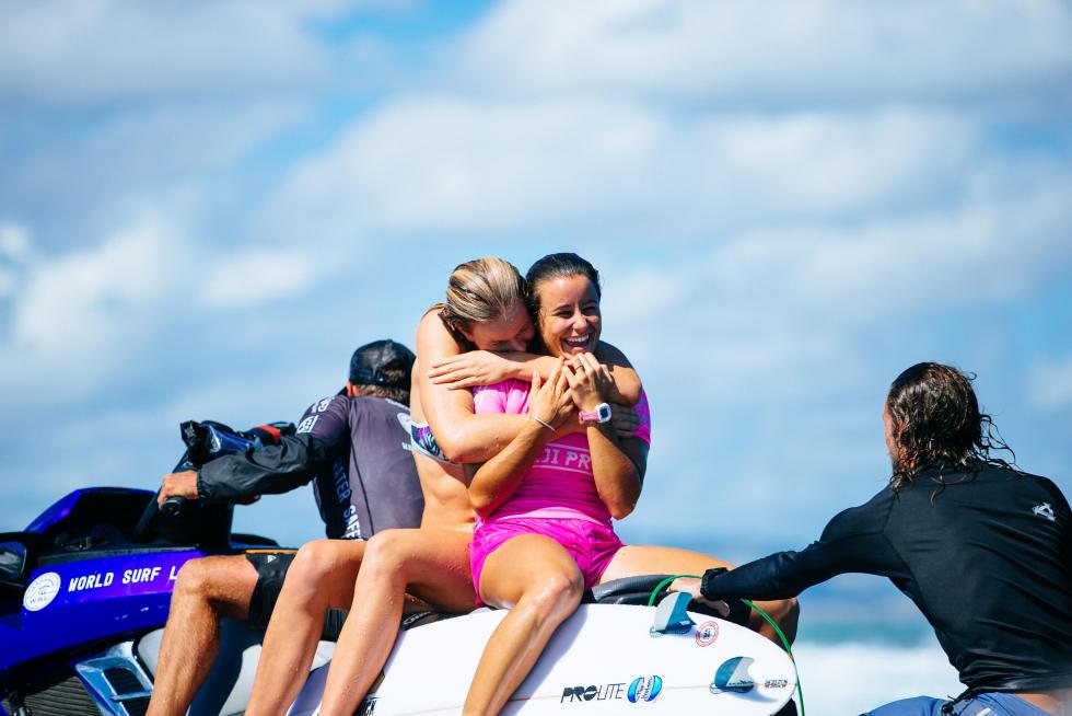 4 Johanne Defay Fiji Womens Pro Foto WSL Ed Sloane