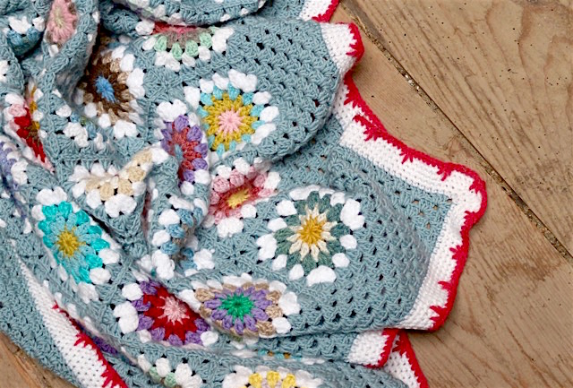 My Rose Valley My Circle In Square Crochet Blanket Voila