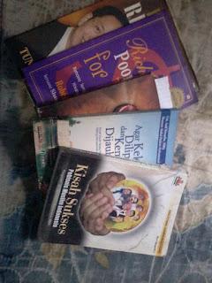 sebagian buku bisnis yang ada dirumah