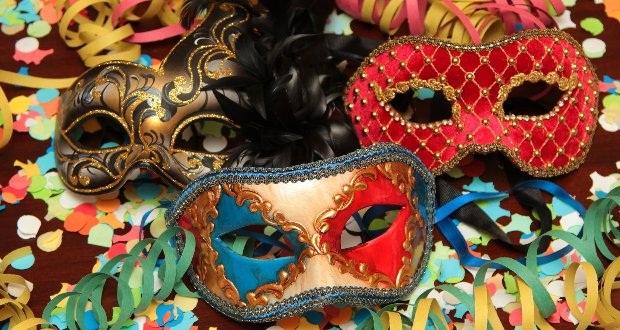 mascara-de-carnaval-ideias-decoracao-para-vitrines-de-loja