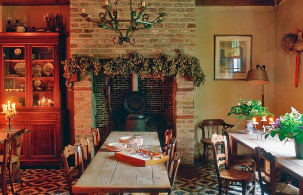 Il giardino di fasti floreali stile country per una casa for Giardini di campagna