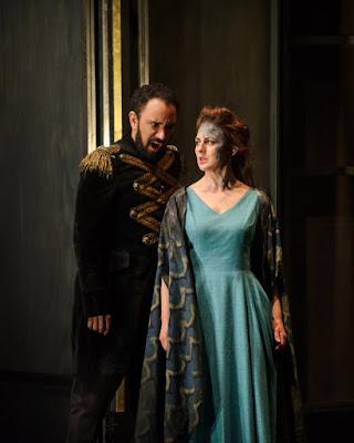 Luciano Botelho, Elena Xanthoudakis - Donizetti Pia de'Tolomei - English Touring Opera - photo Janet Hobson