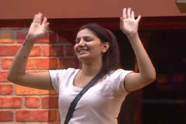 sapna-chaudhary-out-from-big-boss-season-11-latest-breaking-news