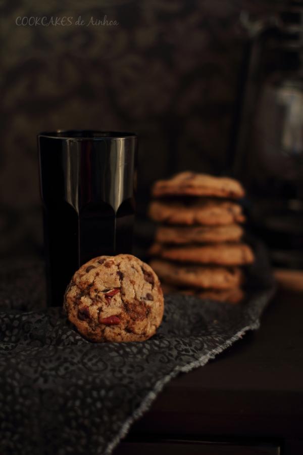 Cookies de chocolate, toffee y nueces pacanas