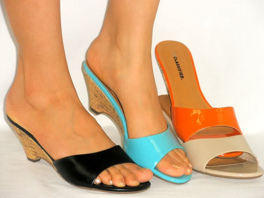 Girls Sandals Collection Ladies Shoes Neeshu Com