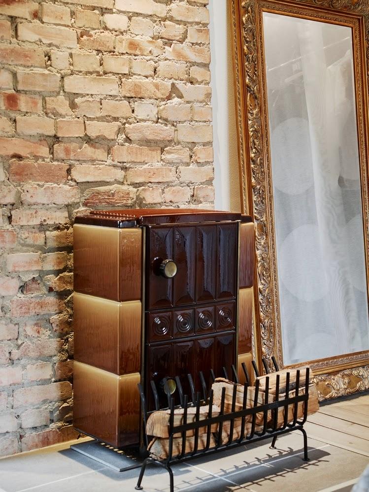 d couvrir l 39 endroit du d cor plus qu 39 un chalet. Black Bedroom Furniture Sets. Home Design Ideas