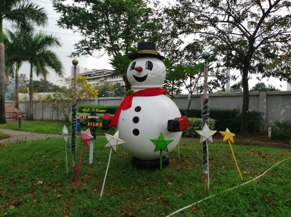 Huawei Y9 2019 Main Camera Sample - Outdoor, Snowman with AI