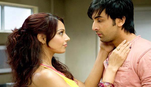 Katrina Kaif plays cricket on 'Bharat' sets and she has a message for Anushka Sharma-Virat Kohli