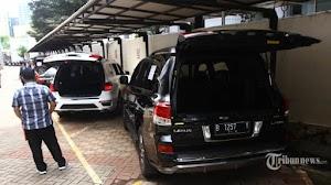 Ini Deretan Mobil Tahanan Koruptor yang Dilelang KPK, Murah-murah Banget, Minat?