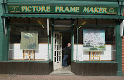 Ian & Doreen Eggleton, The Picture Frame Maker, Church road, Caversham.