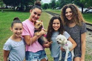 Haschak Sisters Net Worth - How Much Money The Haschak Sisters Make On YouTube