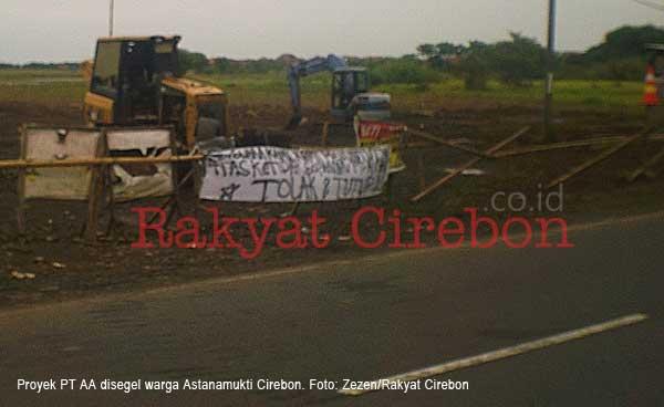 warga astanamukti cirebon menolak proyek pt aa