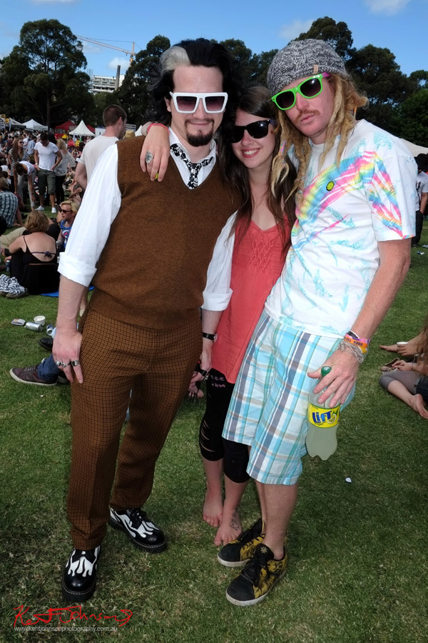 Threesome, classic styles mixed, vest check pants, Sunnies times 3, Newtown Festival, Fujifilm X-Pro1,