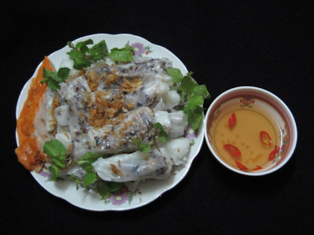 Banh cuon - a delight to one's sense of smell and taste 1
