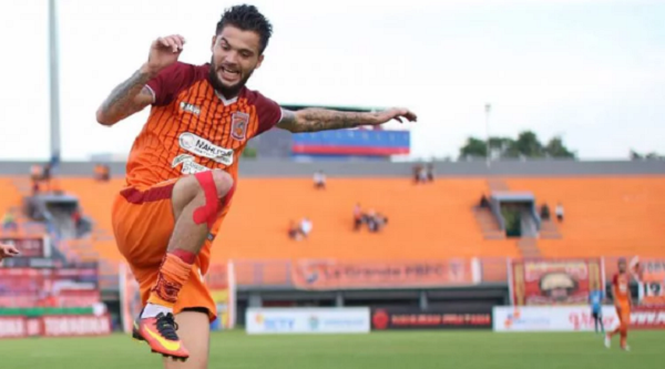 Bikin Heboh! Diego Michiels Ngaku Doyan Menghajar Pemain Persib Bandung