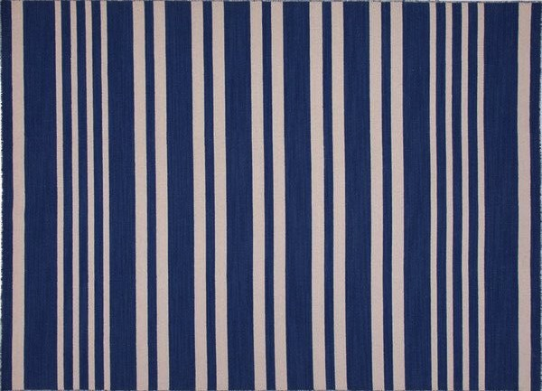 Speaking Of Hagan I Found This Tip From Her On The Website Elle Decor Add A Blue Striped Dhurrie And You Are Guaranteed Hy Room