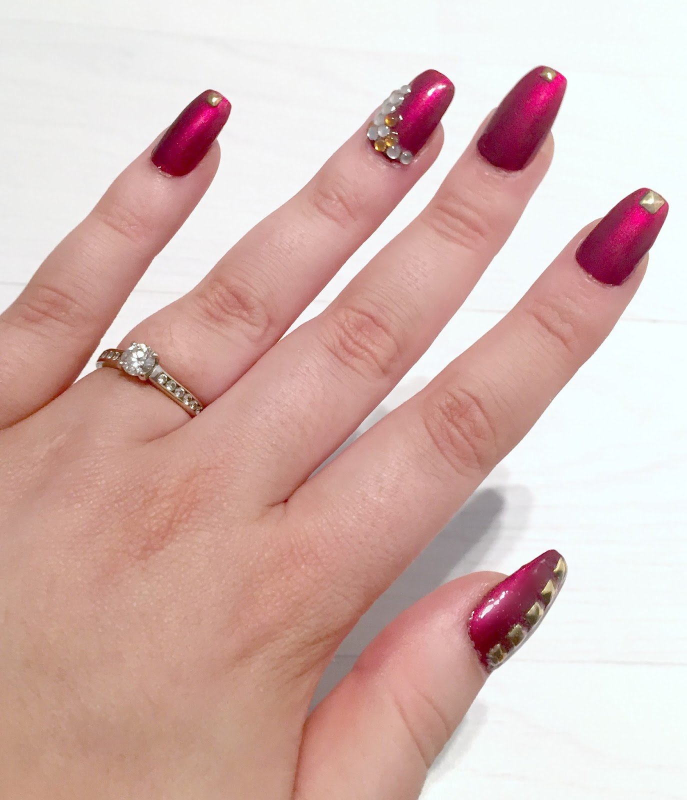 Party Coffin nails at Home - Laura Trends