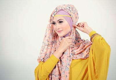 Tutorial Hijab Cara Memakai Jilbab Pashmina Sifon Bunga