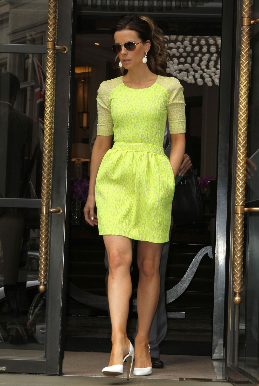 HQ Photos of Kate Beckinsale Leaves Her Hotel in London