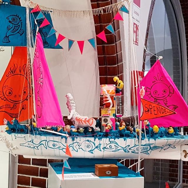 5 Ausflüge mit Kindern in Kiel bei Regenwetter. Viele der Ausflüge sind kostenlos, bei manchen freuen sich die Attraktionen über eine kleine Spende.